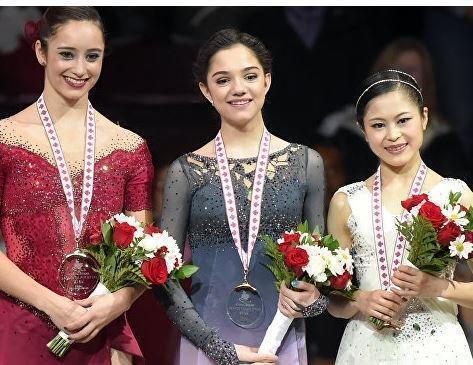 Российская спортсменка Медведева завоевала первое золото в сезоне Гран-при »