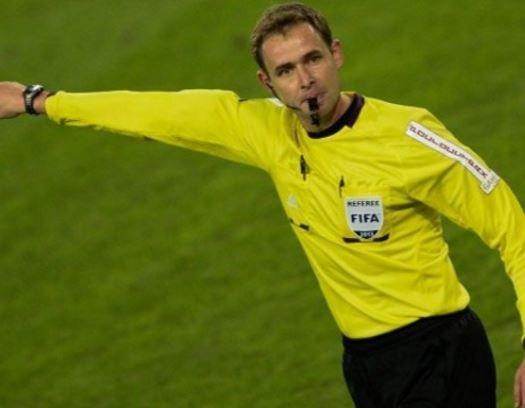 Учёные установили в чем отличие футбольных арбитров разных категорий »