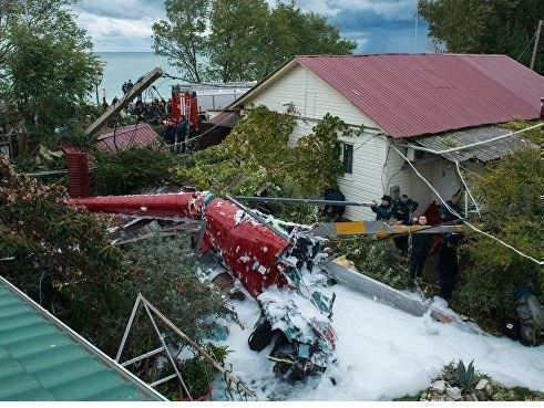 В Сочи вертолет обрушился на частный дом, есть жертвы и пострадавшие »
