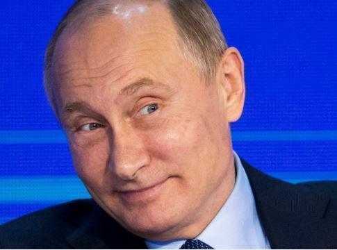 """Эксперт: Путин не врет о США, а демонстрирует """"грязное белье демократии"""" »"""