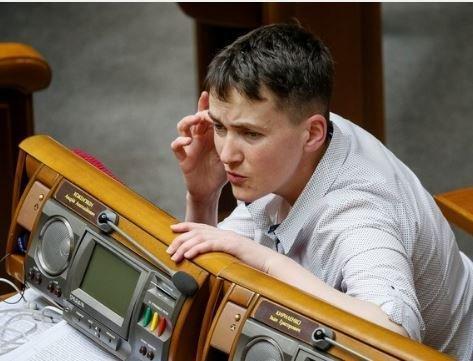Савченко призывает россиян встать с колен »