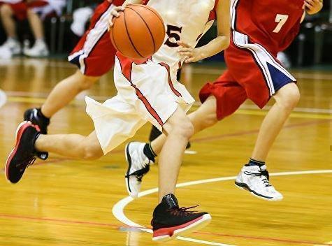 Под Омском подросток скончался после баскетбольных соревнований »