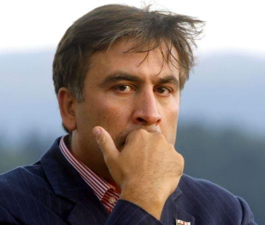 Саакашвили рассказал, что Порошенко обещал ему избавление от Яценюка и благополучное будущее »