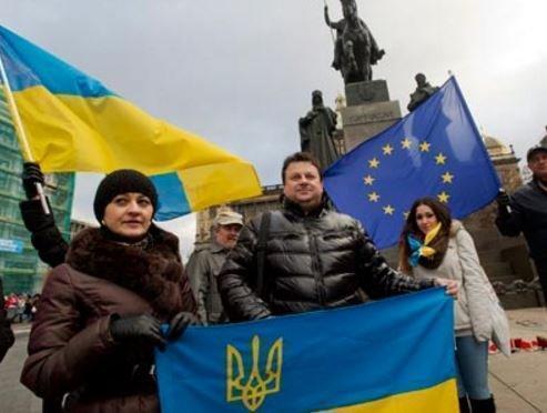 Украина приказывает Евросоюзу немедленно вводить безвизовый режим »