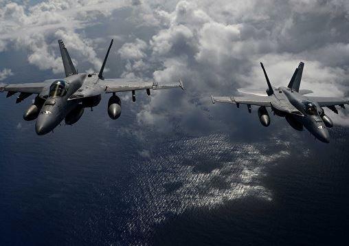 СМИ: над Калифорнией произошло столкновение двух самолетов американских ВМС »