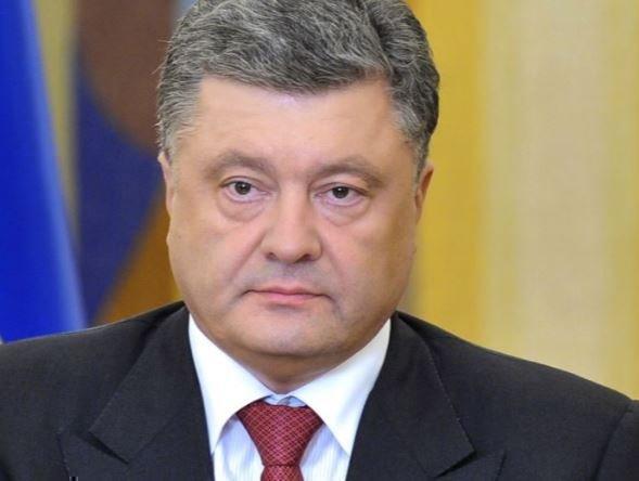 Украинский политолог поведал о простом способе свержения Порошенко »