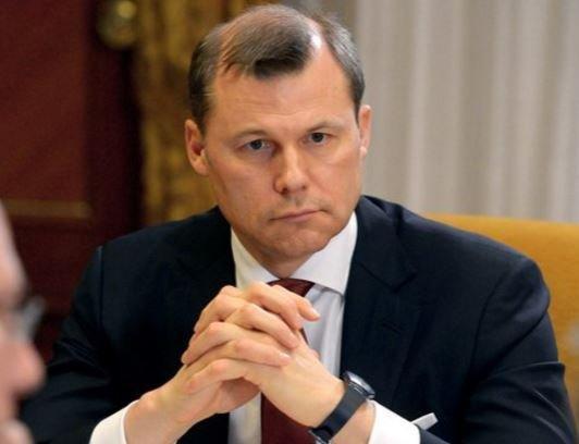 """Глава """"Почты России"""" получает почт в 20 раз больше министра связи »"""