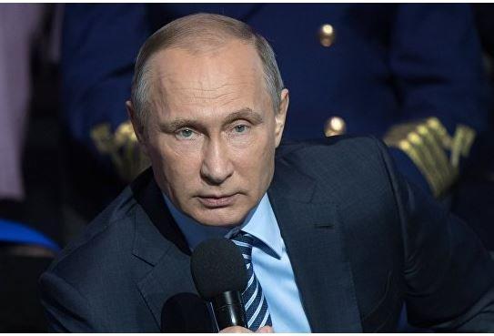 """Путин заверил предпринимателей, что будет тянуть продэмбарго """"как можно дольше"""" »"""