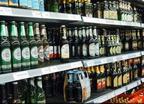 В России задумались об ограничении продажи пива »