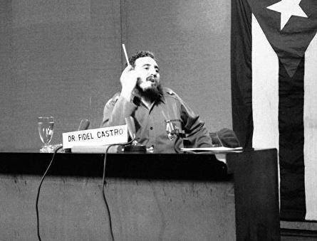 В МИД РФ прокомментировали слова Трампа после смерти Фиделя Кастро »