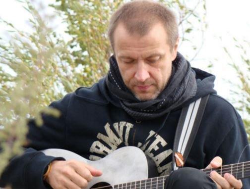 При падении вертолёта в Крыму погиб знаменитый продюсер »
