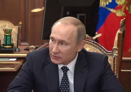 Путин сделал несколько кадровых перестановок »