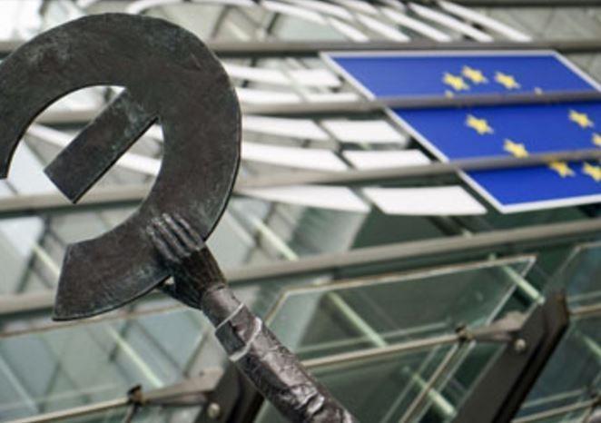 Евросовет решил выделить 2,5 млн евро на борьбу с коррупцией в РФ »