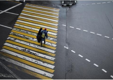 Камеры в Москве стали штрафовать автомобили за непропуск пешеходов »