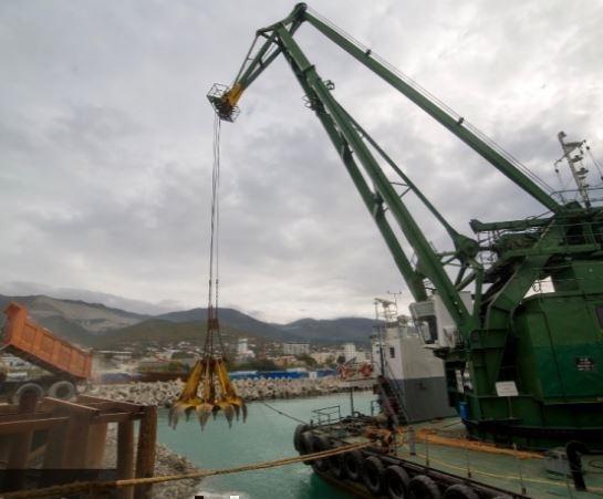 Минтранс выдвинул предложение продавать речные порты за 1 рубль »