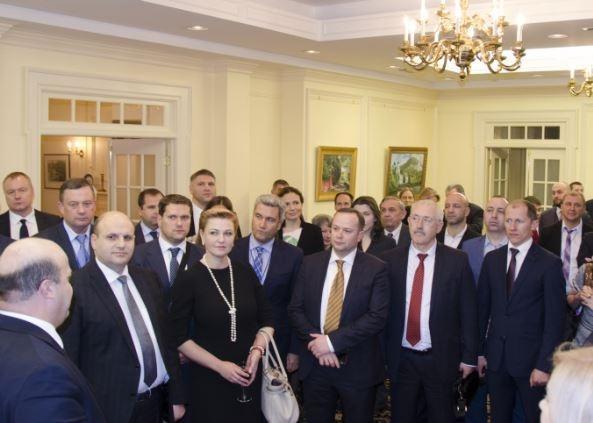 Украинскую делегацию на приёме у Трампа в Вашингтоне посчитали монголами »