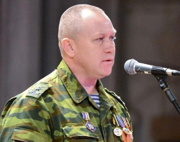 Стало известно, кто погиб при взрыве автомобиля в Луганске »