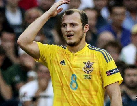 """Украинский футболист не хочет переходить в испанский клуб из-за того, что он """"пророссийский"""" »"""