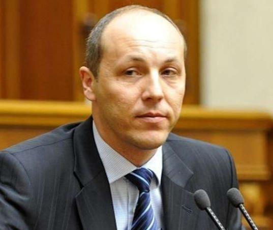 Спикер Верховной рады заявил, что депутаты должны выступать лишь на украинском языке »