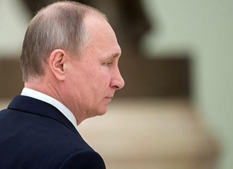 Путин обрушился с критикой на западную прессу »