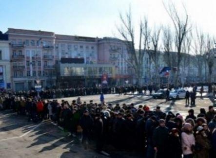 В ДНР рассказали, что на прощание с Гиви пришли 55 тысяч человек »