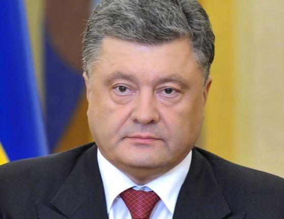 Порошенко сообщил о способности Украины защитить себя «даже от РФ» »