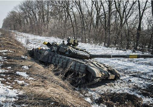 Песков прокомментировал вопрос о 700 танках в распоряжении сил ДНР »