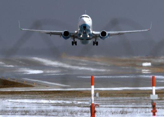 """Пилот отправил сигнал """"бедствия"""", чтобы сохранить жизнь пассажирке »"""