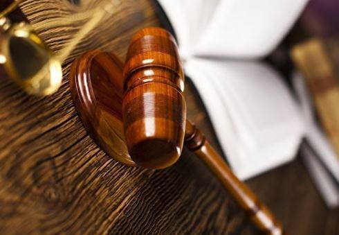 """Суд назначил сумму содержания депутата, который предлагал """"поменьше питаться"""" »"""