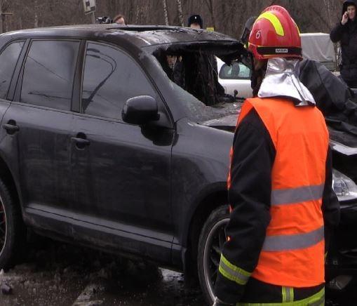Очевидцы: В сбившем пешехода Porsche скончался пассажир »