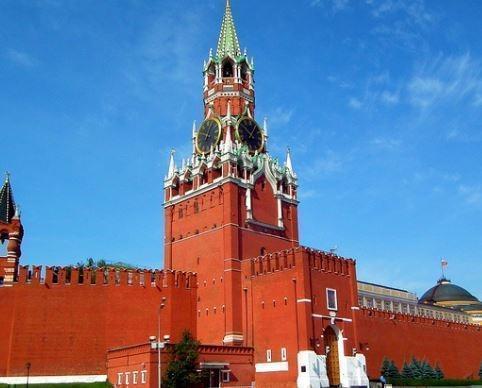 Кремль пояснил, почему РФ признала документы ДНР и ЛНР »