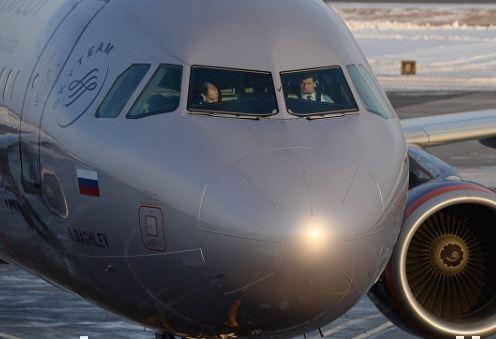 """Самолет """"Аэрофлота"""" срочно вернулся в Цюрих из-за проблем с двигателем »"""