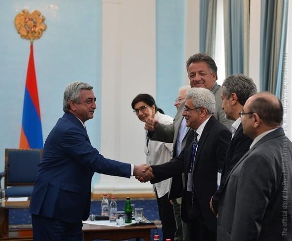 Правящая партия республиканцев победила на выборах в Армении