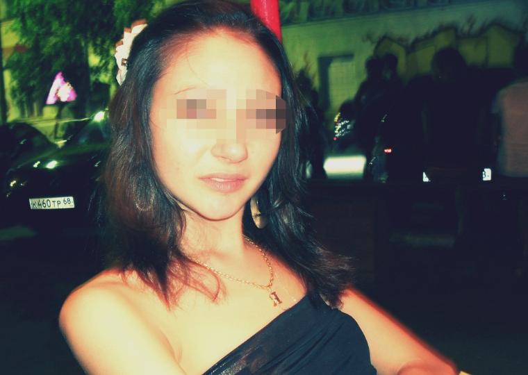 Житель Москвы изнасиловал девушку, а потом вызвал ей такси