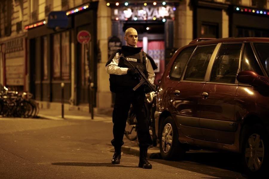 Полиция Парижа назвала ночную перестрелку терактом