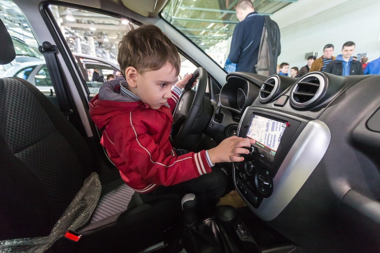 С 12 июля изменяются правила перевозки детей в авто