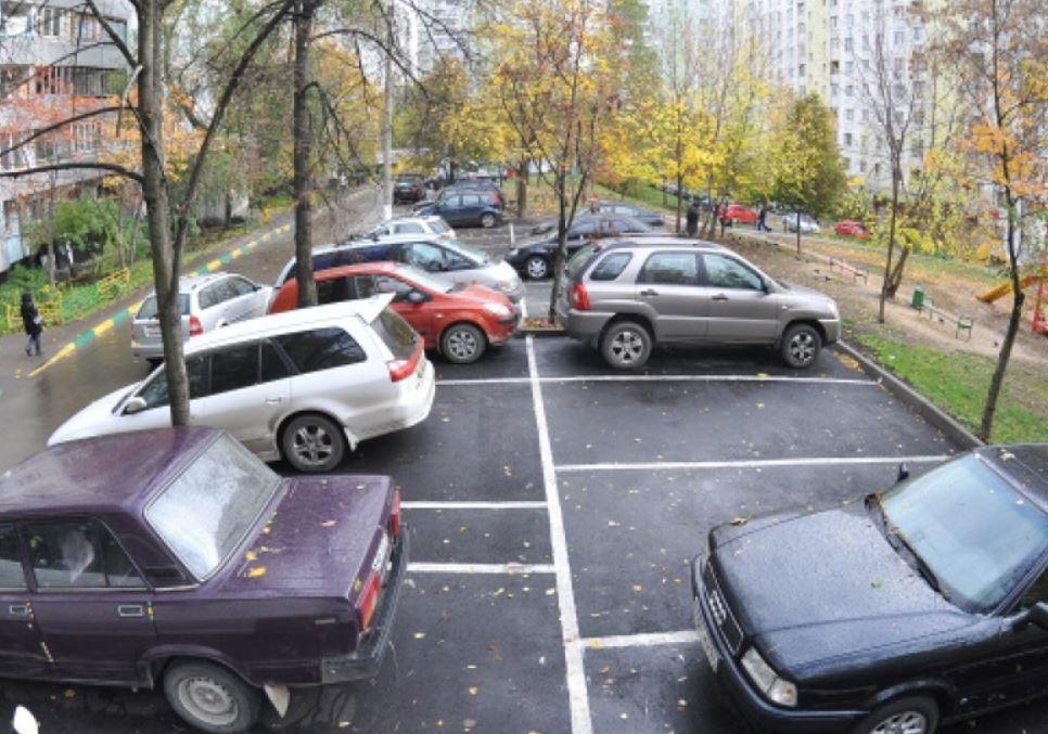 В столице могут быть запрещены парковки во дворах