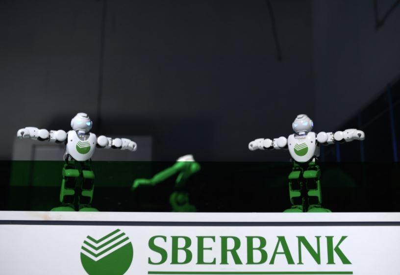 Сбербанк принес извинения, что раскупил почти все видеокарты на рынке в РФ