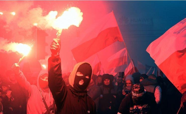 Избирательная память: из-за чего Польша поссорилась практически со всеми соседями