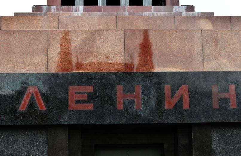 Жириновский считает, что у Мавзолея Ленина должно быть иное применение
