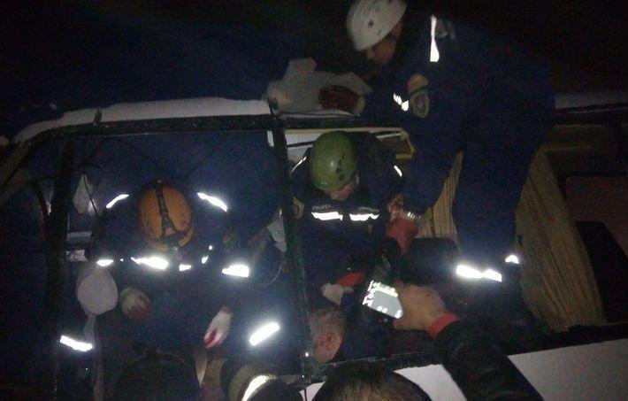 Под Ростовом в ДТП разбился автобус с футбольными фанатами, среди погибших дети