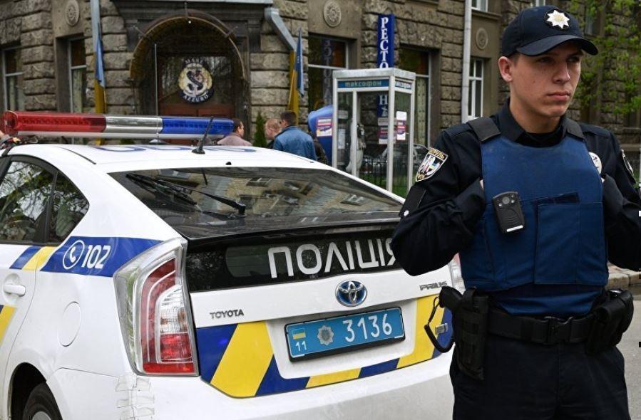 На Украине подполковник милиции вынудил брата копать себе могилу