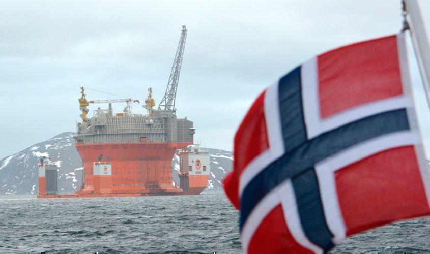 Норвегия отказывается вложений в нефть и газ