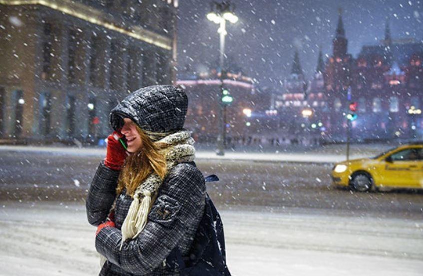На столицу РФ надвигается снежная буря