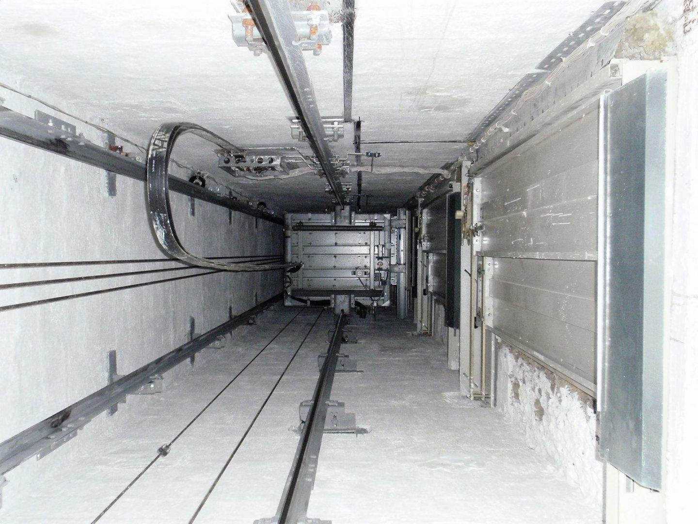 На воронежском хлебозаводе лифт раздавил женщину