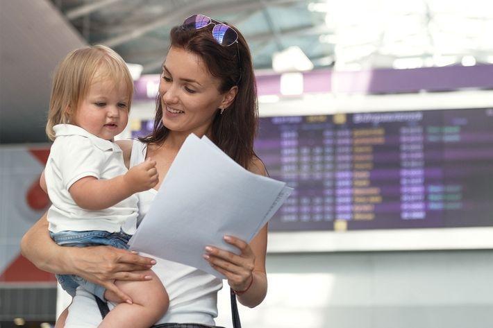 Для запрета на вывоз ребенка за границу от разведенного родителя потребуются веские аргументы