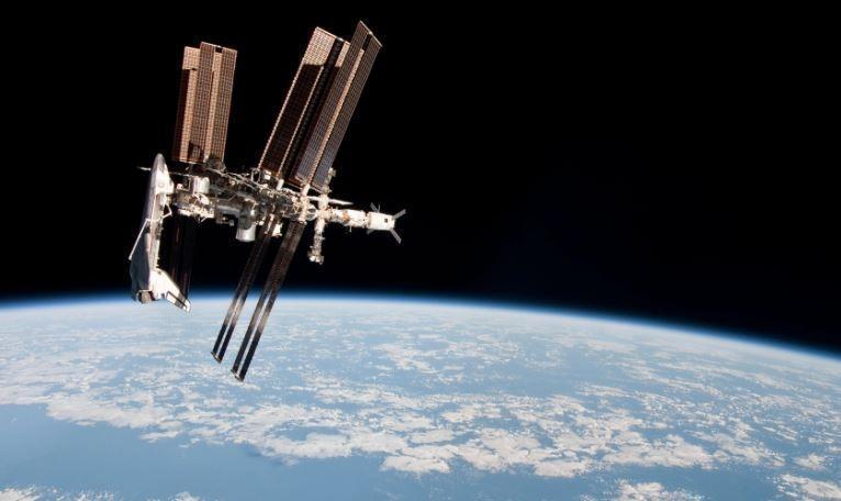 Места с доплатой: Штатам придётся продлить контракты с РФ, чтобы сохранить присутствие своих астронавтов на МКС