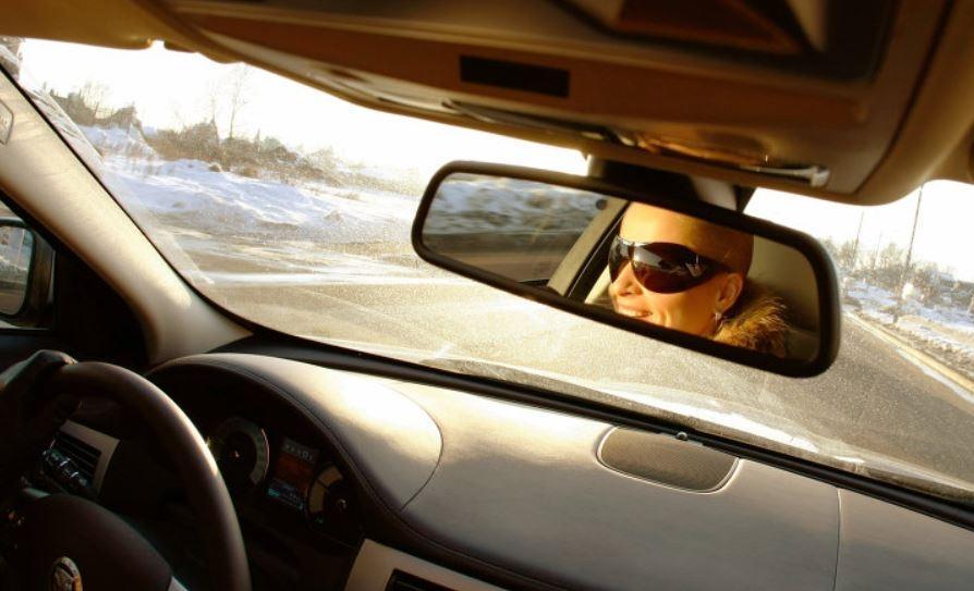 Исследование выявило, чем женщины-водители лучше мужчин