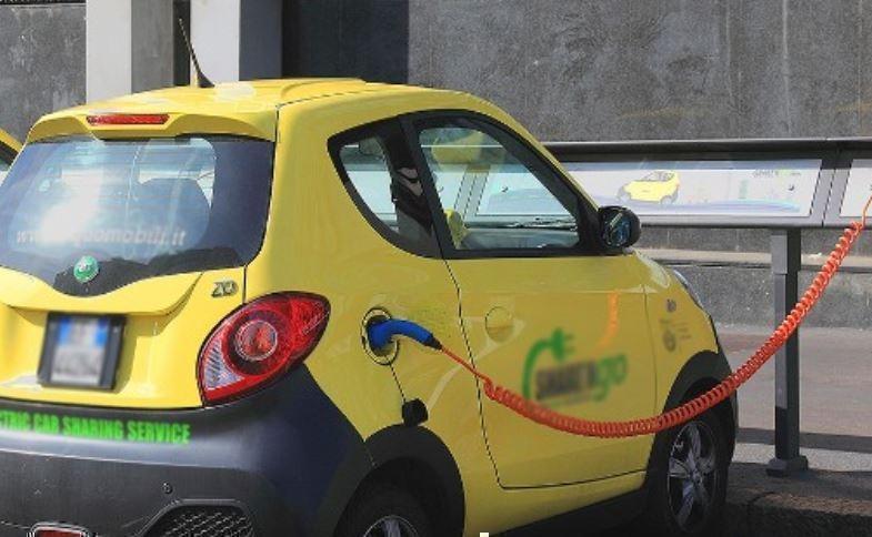 Почему электромобили непопулярны в РФ