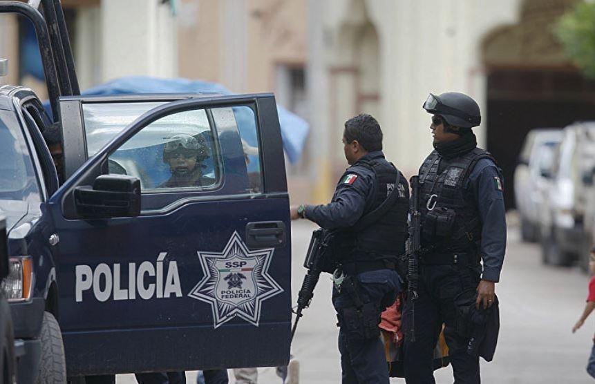 Мексиканского ТВ-магната нечаянно застрелил его же охранник